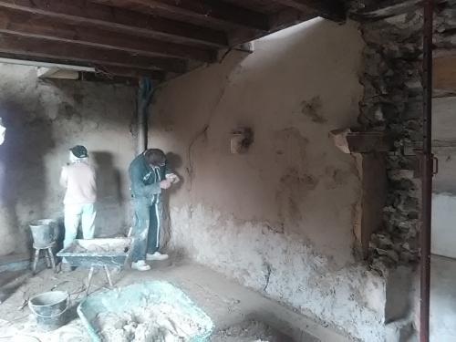 béton de chaux, béton terre, chantier participatif, chantiers participatifs, pisé, chaux, Formaterre