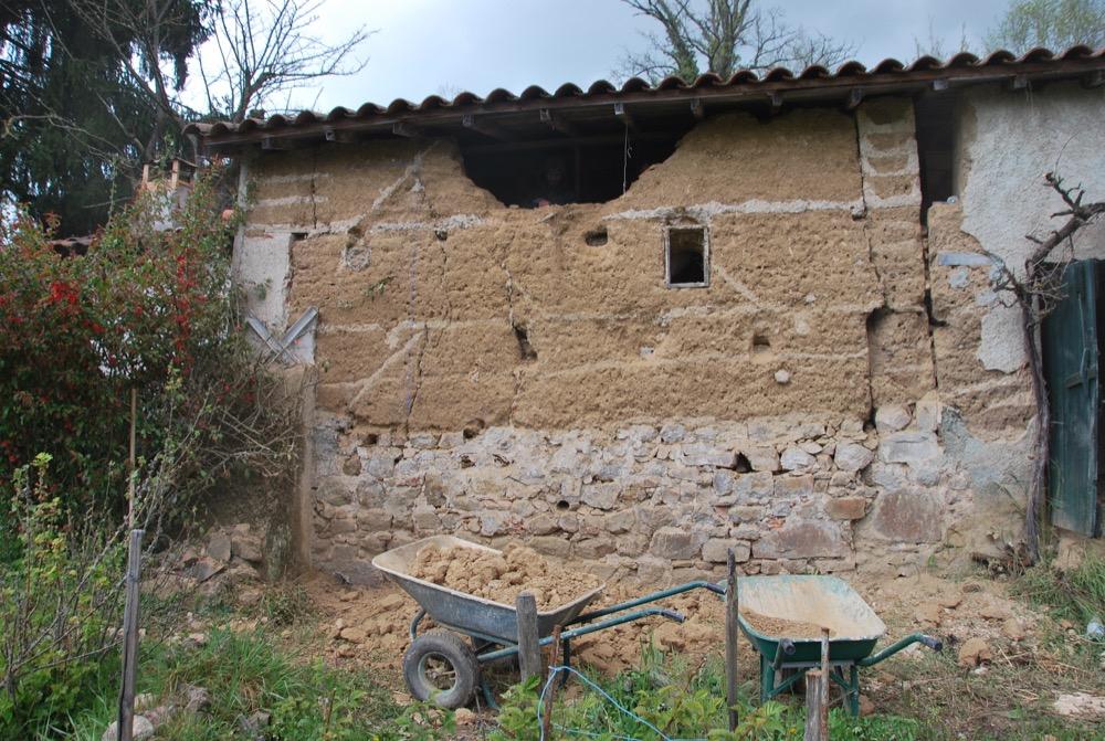 Chantier Réalisé : Accompagnement D'Un Mur En Pisé En Fin De Vie